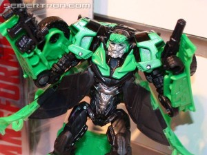Transformers News: Video Review: Transformers Age of Extinction Deluxe Crosshairs