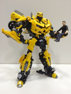 Transformers News: In-Hand Images of Transformers Movie Masterpiece MPM3 Bumblebee