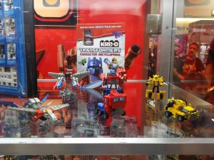 Transformers News: SDCC 2014 Coverage: Kre-O Transforming Kreons