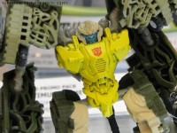 BotCon 2011 Coverage - Transformers DOTM Cyberverse - Guzzle And More!