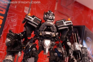 Toy Fair 2018 - Transformers Movie Masterpiece MPM-6 Ironhide, with Barricade #HasbroToyFair #NYTF