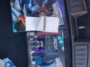 Earthrise Seeker 2 Pack, Scorponok and Skylynx found at Toysrus Canada