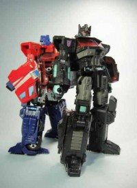 Transformers News: New Images of 2012 International Tokyo Toy Show Exclusive United Black Optimus Prime