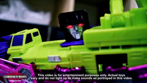 Machinima Transformers Combiner Wars Promotional Stop-Motion Windblade vs. Devastator video