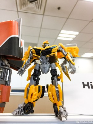 In hand Image of new Deluxe Bumblebee from Transformers: The Last Knight