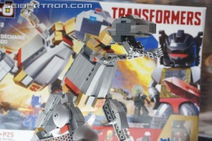 Transformers News: BotCon 2014 Coverage: Display Galleries of Loyal Subjects, Kre-o, Rescue Bots, and Construct-Bots