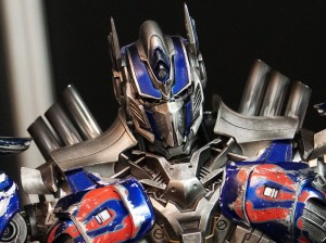 Video Review - Comicave Studios Transformers Age of Extinction Optimus Prime