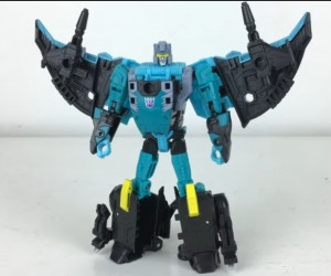 Transformers Generations Selects Kraken (Seawing) Video Review