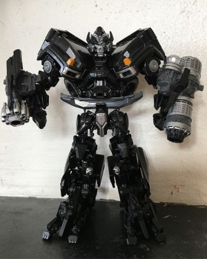 Video Review for Transformers Studio Series Ironhide