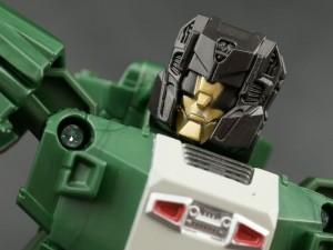 Transformers News: New Galleries: Titans Return Deluxe Skullsmasher with Grax