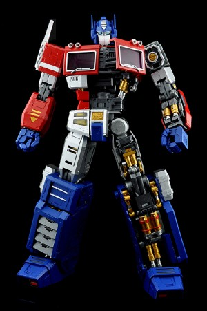 Transformers News: Official Images: UM-1 Ultimetal Optimus Prime