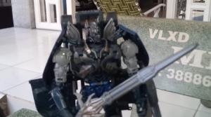 Transformers The Last Knight: Optimus Prime Shadow Spark Figure Video