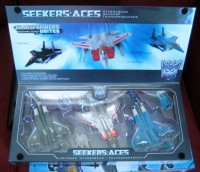 Transformers News: In-Hand Images: Takara Tomy Transformers United Seekers: Aces Box Set