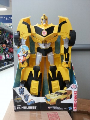 Transformers News: Transformers Robots in Disguise Super Bumblebee Sighted at US Retail