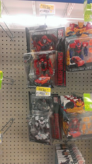 Transformers News: Major Price Reduction for Transformers Combiner Wars Toys at Walmart Canada