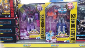 Transformers News: Rundown of New Sightings in Australia for Studio Series, Cyberverse, Earthrise and 20% off Deal
