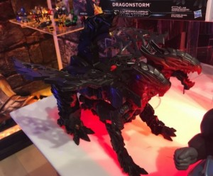 Transformers News: Leader Dragonstorm, Voyager Bumblebee and More from Transformers: The Last Knight Revealed on Amazon Spain