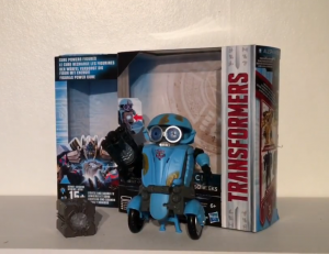 Video Review of Transformers: The Last Knight Allspark Tech Sqweeks