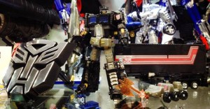 Transformers News: New In-Hand Image:THS-02B Hybrid Style Black G1 Convoy Asia Exclusive