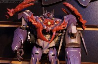 "Transformers News: Toy Fair 2013 Coverage: Transformers Prime ""Beast Hunters"" Gallery and Videos"