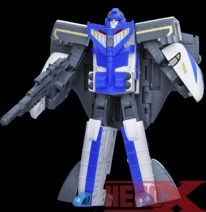 Transformers News: Million Publishing Transformers Generation 2014 Vol.1 Exclusive Revealed - Shouki with Targetmaster Daniel