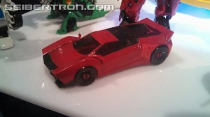 Toy Fair US 2015 video of new Transformers Robots in Disguise (2015) Products