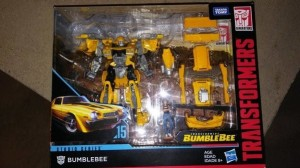 First look at Transformers Studio Series SS-15 Bumblebee Movie 1977 Camaro Bumblebee with Charlie and add on pieces