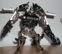 Transformers News: Out of Package Images of Human Alliance Barricade with Frenzy