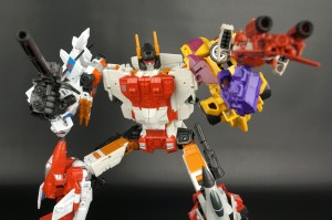 New Gallery: Generations Combiner Wars Superion