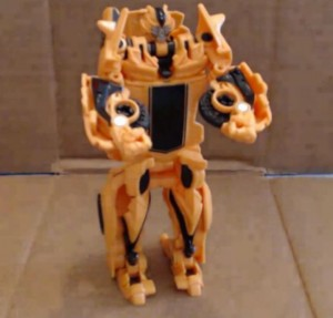 Transformers News: Video Review - Transformers: Age of Extinction One-Step Bumblebee