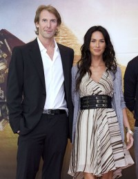 Transformers News: Michael Bay slams the critics (of Megan Fox)