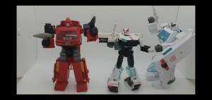 New Video Review of Transformers Earthrise Autobot Alliance and Paradron Medics Sets