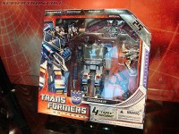 Transformers News: San Diego Comic Con '09 Exclusive Soundwave Refresher