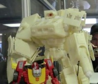 Transformers News: MetroCon Vancouver 2011 - New Images of Mastermind Creations Cyclops / Shockwave