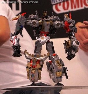 Transformers News: NYCC 2017: Gallery for painted Power of the Primes Volcanicus figure revealed #NYCC2017 #hasbronycc
