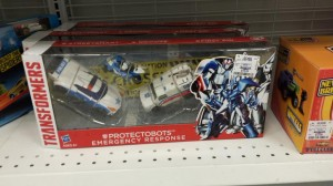 Transformers News: Transformers Generations Protectobot Emergency Response Set Spotted at Ross