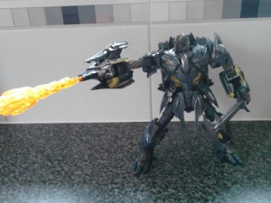 In-Hand Images of Transformers: The Last Knight Leader Megatron, Sighted at UK Retail
