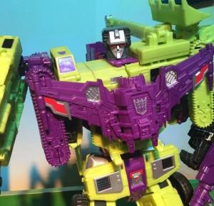 Transformers News: Toy Fair US 2015 Coverage - Transformers Generations Titan Class Combiner Wars Devastator