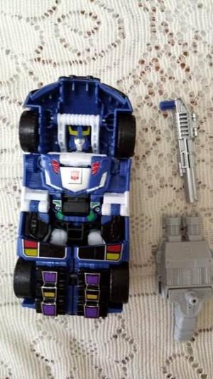 Transformers News: TFSS 4.0 Mystery Figure Potentially Revealed as Blue Bluestreak