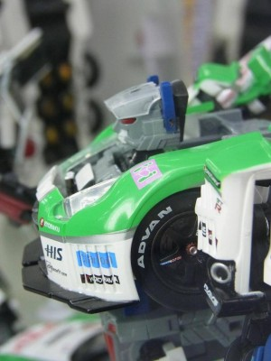 Transformers News: New Images of Upcoming Takara Tomy TG-23 Metroplex, TG-24 Optimus Prime and Bumblebee, MP-17 Prowl, & GTR Maximus