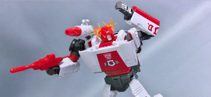 Takaratomy Masterpiece MP-14+ Alert Anime Color Edition images