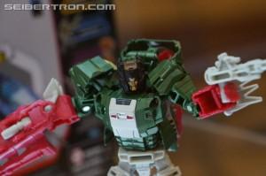 Transformers News: Video Reviews - Transformers Titans Return Scourge and Skullcruncher