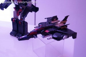 Transformers News: NYCC 2016 Images of Titans Return Sky Shadow and Broadside from Hasbro Preview Night