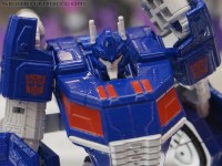 Transformers News: SDCC 2012 Coverage: Transformers Generations: Fall of Cybertron Gallery
