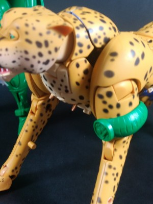 Cancelled Comm Link Accessory Shown for Masterpiece Beast Wars Cheetor