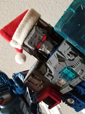 Transformers News: Transformersmas 2017: A 25 Day Holiday Photo Challenge Starting December 1st!