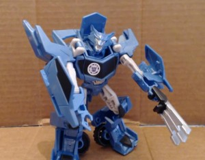 Transformers News: Video Review - Transformers Robots in Disguise Warrior Class Steeljaw