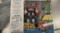 Transformers News: Transformers Prime Beast Hunters Wave 1 Deluxe & Voyagers Released In Canada