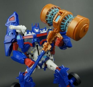 New Galleries: Platinum Edition Ultra Magnus and Transformers Prime Weaponizer Bumblebee Variant