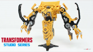 New Video Review of Transformers Studio Series 67 Voyager Class Skipjack